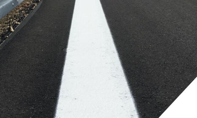 Fahrbahnmarkierung Farbe