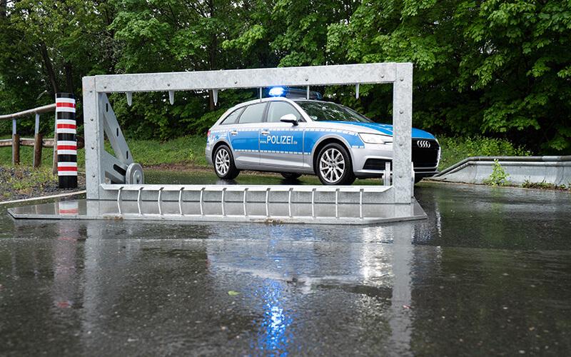 Fahrzeugsicherheitsbarriere Claw Zufahrtssperre (1)